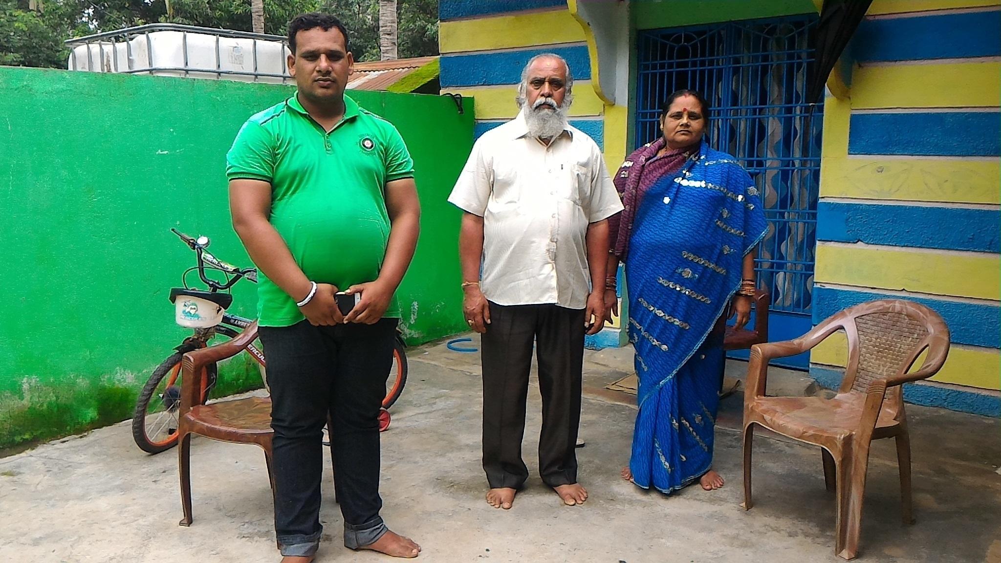 Niranjan Dash's brother and parents at their home in Telia village, Jeypore, Odisha. Photo credit: Sharanya Nayak