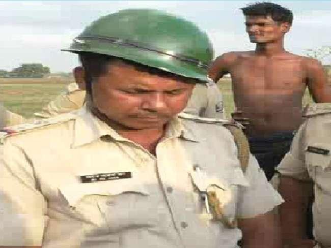 आरोपित पुलिसकर्मी   फोटो : दैनिक जागरण